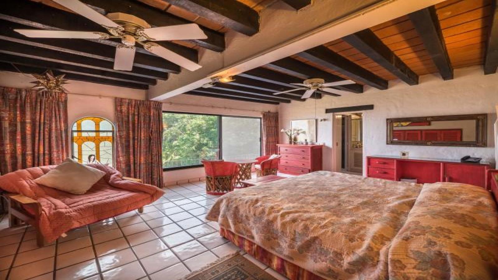 131 Paseo de la Madre Perla, Puerto Vallarta, 48381, 5 Bedrooms Bedrooms, ,3 BathroomsBathrooms,Condo,For Sale,Paseo de la Madre Perla,1012